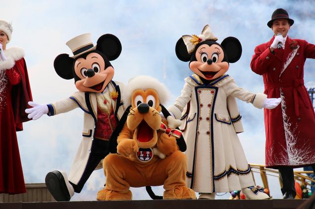 Christmas Mickey and Minny.jpg