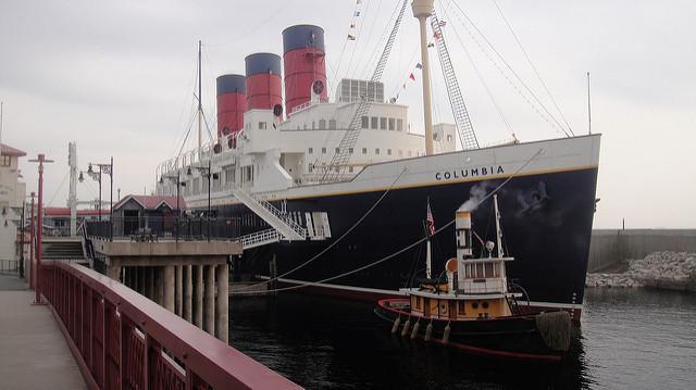 SS Columbia.jpg