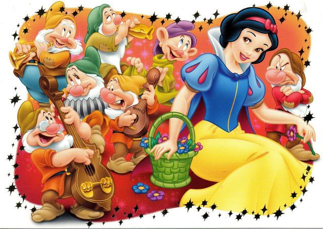 Snow White's Scary Adventures 3.jpg